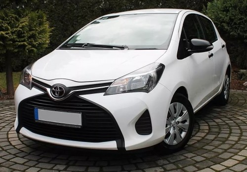 Samochód Toyota Yaris AUTOMATIC
